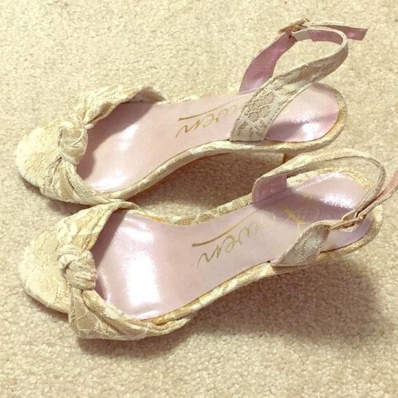 Rowen Shoes - Rowen size 6 dress heels